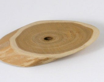 Honeysuckle Wood Slice Cat Toy, Personalize with Name
