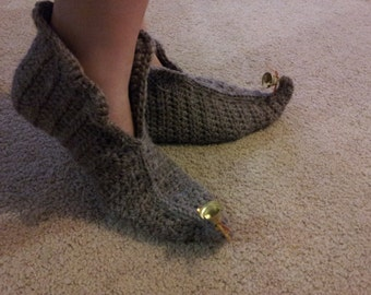 Elf in Brown Slippers crochet pattern in English only