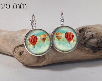Earring balloon vintage 20mm round glass and metals