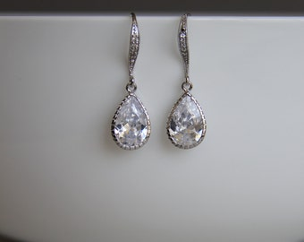 FREE SHIPPING - Bridal earrings, cz earrings, wedding earrings, bridesmaid earrings, bridal jewelry, wedding jewelry, cz jewelry, dangley
