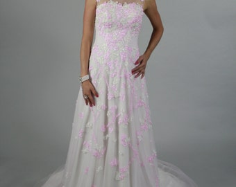Cute Lace beaded pink sweet 16, Prom dress,  A-line Sweet Heart Zipper Sleeveless Floor Length Lace and tulle Pink Wedding Dress