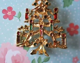 Festive Vintage 1950s Christmas Tree Brooch