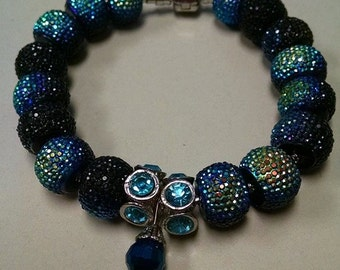 Color changing beaded bracelet