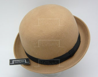Vintage x Trendy Fashion Wool Felt Soft Bowler Hat - Beige