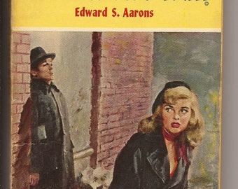 Fawcett Gold Medal, Edward S. Aarons: Girl on the Run, 1st Ed, 1954