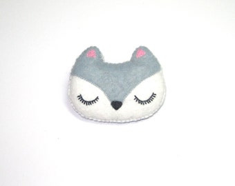 Fox Brooch - Felt Animal Accessory- Woodland Animal Cute Plush Pin Brooch - Grey Fox - Woodland Jewelry - Cute Fox Gifts