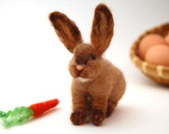 Needle Felt Animal. Needle Felted Bunny. Animal Toys. Needle Felt Animals. Woodland Animals. Kids Toy Waldorf. Needle Felted Animals. Toys