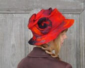 Felted red hat, small hat with black and red fancy spiral , OOAK - filcAlki