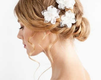 Wedding Hair Piece of Silk and Lace - Bohemian Wedding Hair Piece - Bridal Flower Hair Piece with Lace - Wedding Hair Accessories