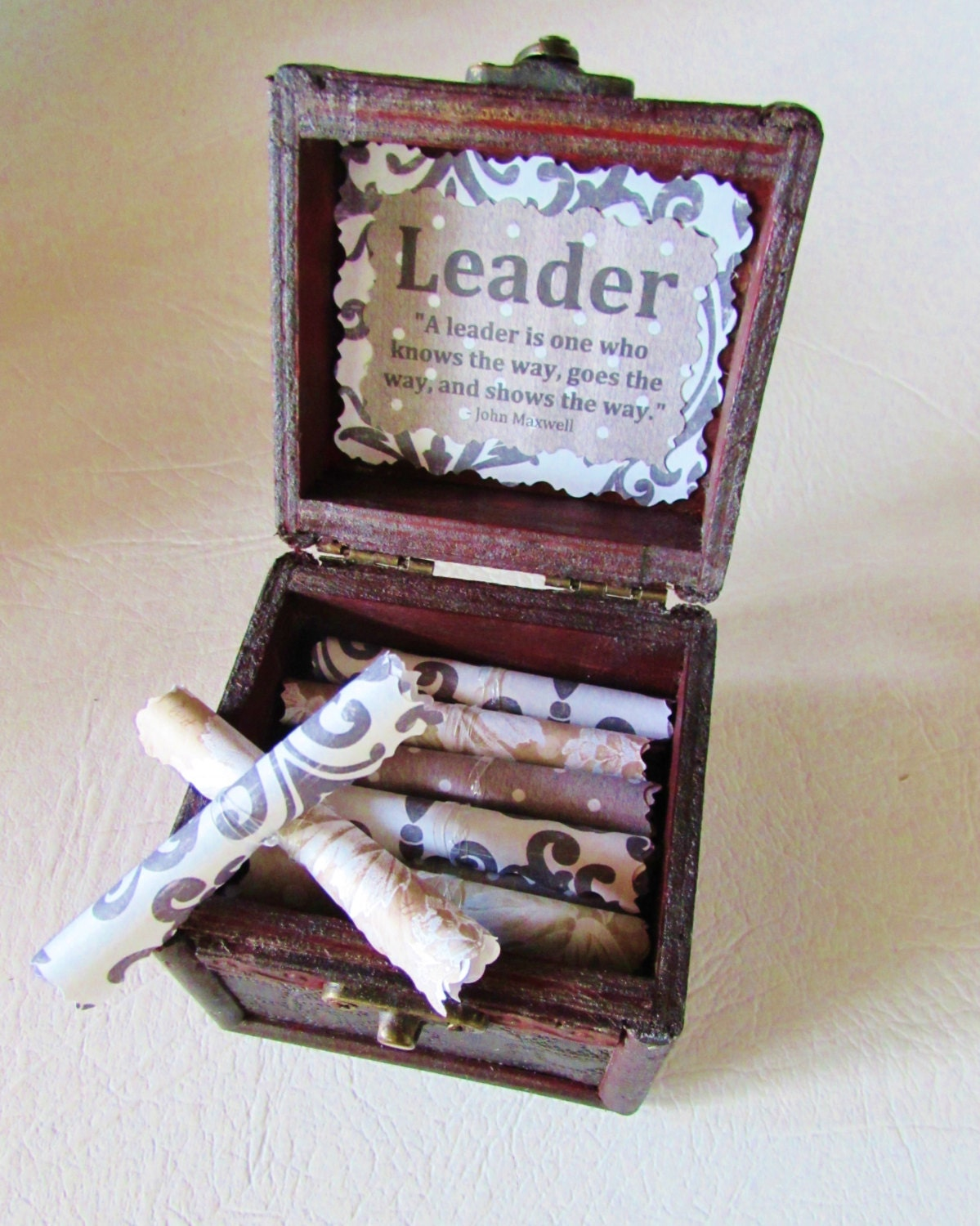 Leadership Gift for Boss Wood chest with inspirational quotes