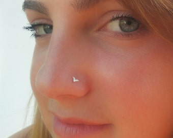 Small nose ring, indian nose rings , nose rings, tiny nose stud ,Tragus , Indian nose stud, Tiny nose ring, nose stud, Cartilage, stud