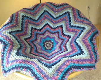 Octagon Baby Afghan Crochet Pattern : Popular items for octagon blanket on Etsy