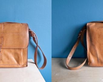 Vintage handcrafted DISTRESSED LEATHER crossbody MESSENGER bag // shoulder bag // satchel // attaché