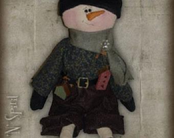 """Pattern: Jeremy - 21"""" Raggedy Snowman"""
