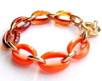 Tortoise Shell, Hermes Orange, and Gold Link Chain Faceted Stacking Bracelet Made with Vintage Links