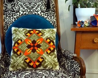Vintage Retro Decorative Pillows Mod Geometric 70s Vintage Home Decor Throw Pillow Accent Pillow Green Orange Brown Cream Housewarming