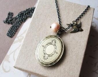 Long Locket Necklace Jewelry. Locket Keepsake Necklace. Photo Locket Necklace. Necklace For Women.