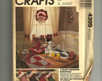 McCall's Christmas Crafts Pattern 4399