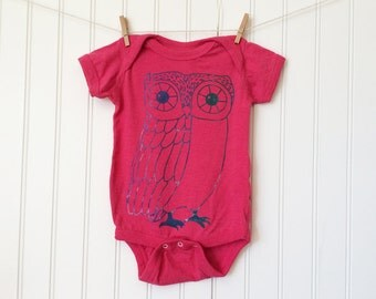 Magenta Pink Owl bodysuit / baby / infant / cotton / silkscreen / 6 months