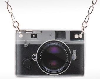 Leica Camera Necklace - Camera Necklace - Camera Jewelry - Film Camera - Old Camera Jewelry