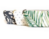 Tropical Print Clutch. Personalized Gift. Zippered Pouch, Palm Leaf Print. Summer Wedding. Makeup Bag. Travel Pouch. Pencil Case. Coin Purse