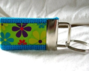 Floral Mini Key Fob - Groovy Small Key Chain - TURQUOISE Bold Flowers - Flower Power - Floral Key Ring