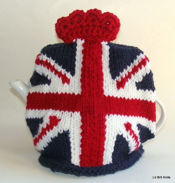 Knitting Pattern For Union Jack : Union Jack Knitted Teapot Cozy with crown Vintage colors