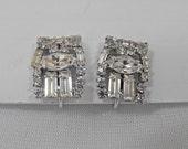 Vintage Earrings, WEISS, Signed, White Rhinestones, Screw-Back Type, ca 1950s LK-159