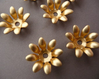 6 Flowers Stampings - Bead Caps - Brass Floral