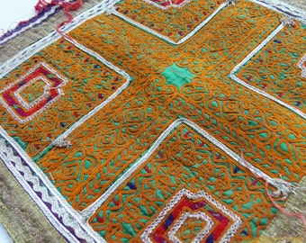 Afghanistan: Vintage Embroidered Zazi Doily, Item E82