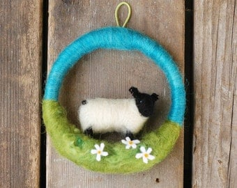 Suffolk Lamb in the Daisies - Mini Sheep on a Mini Wreath