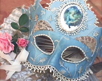 Mask-Marie a la Rose