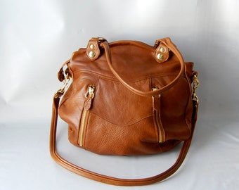 Larch leather bag in golden whiskey