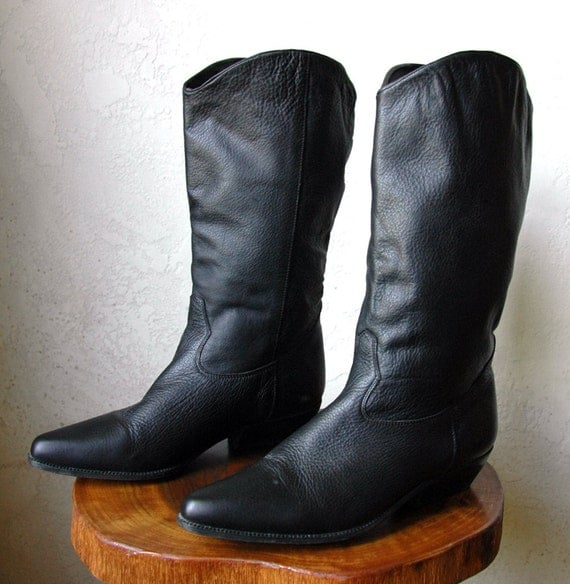Vintage 90's Black Leather Western Style pointed Tall Boots 9.5
