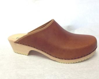 Honey Brown oiled classic low heel clog
