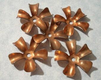 5 Vintage Copper Flower Stampings 24mm
