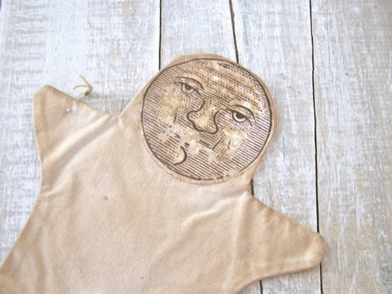 Primitive Decor - Vintage Moon Print - Hand Puppet -Photo Prop - Vintage Themed - Antique Childrens Toy