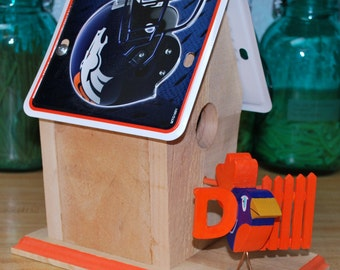 NFL License Plate Birdhouse - Denver Broncos
