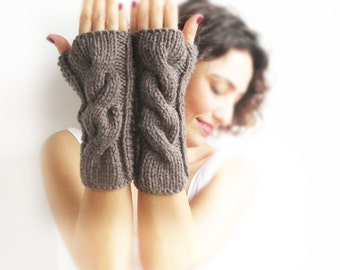 Brown Cable Knit Chunky Gloves