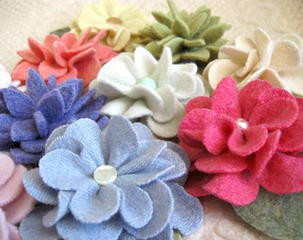 Repurposed Sweater Wool Flower Pins, Great for Gift Giving! Wholesale lot of 10