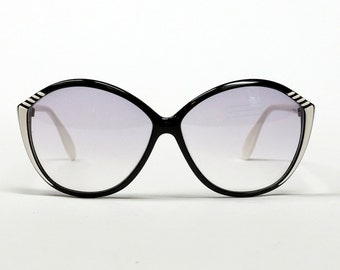 80s Black Oversized Sunglasses, SILHOUETTE sunglasses, sporty eyewear for women in black and white, unworn vintage deadstock sunglasses
