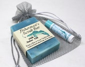 Fishermans Gift Set - Handmade Fishing Soap & Lip Balm for him - Perfect Fishing Gift Set for birthdays, Dad on Father's Day