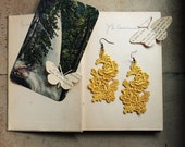 lace earrings // PETITE JARDIN // floral / bride / bridesmaid / yellow / nature  / bright / garden inspired