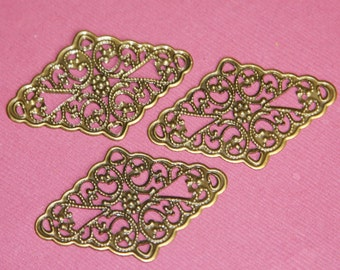20 pcs of Antiqued brass Rhombus filigree finding 46x30mm