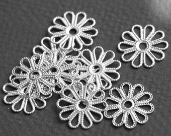 20 pcs of Antiqued silver plated filigree flower links 16mm