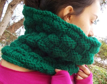 Evergreen scarf cowl men women dark fern hunter green forest bulky hand knit country chunky handknit rustic simple knitting aran woodland
