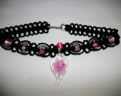 Pink and Black Flower Choker - Lampwork Glass and Black Hemp Necklace  Flower Hemp Jewelry - Glass Pendant - Pink Flower - Black Choker Hemp