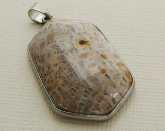 Pendant, Agate, gemstone, Focal Grey Beige Sand Tan