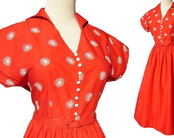 Vintage 50s Red Dress Rockabilly Cotton Embroidered Sunburst M