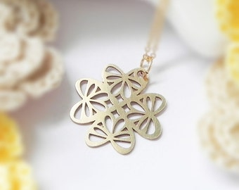 Clover no.2 Necklace, Flora series